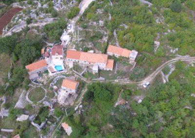 Villa Mons